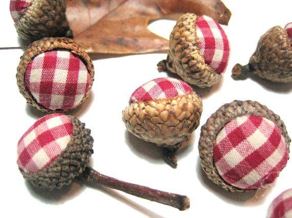 1000 ideas about acorn decorations on pinterest acorn for Acorn decoration ideas