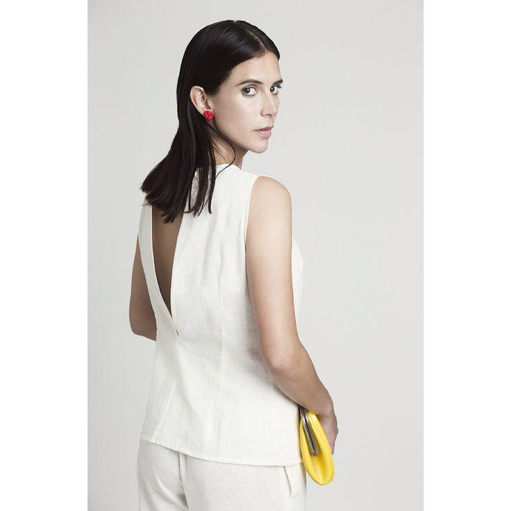 Detalle espalda blusa lino /Colección Teresa .