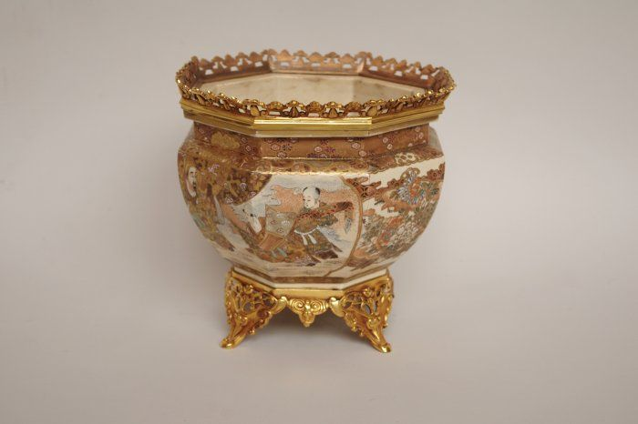 Satsuma fine faience planter from the end of the 19th century - Jean Luc Ferrand Antiquités, chinoiserie