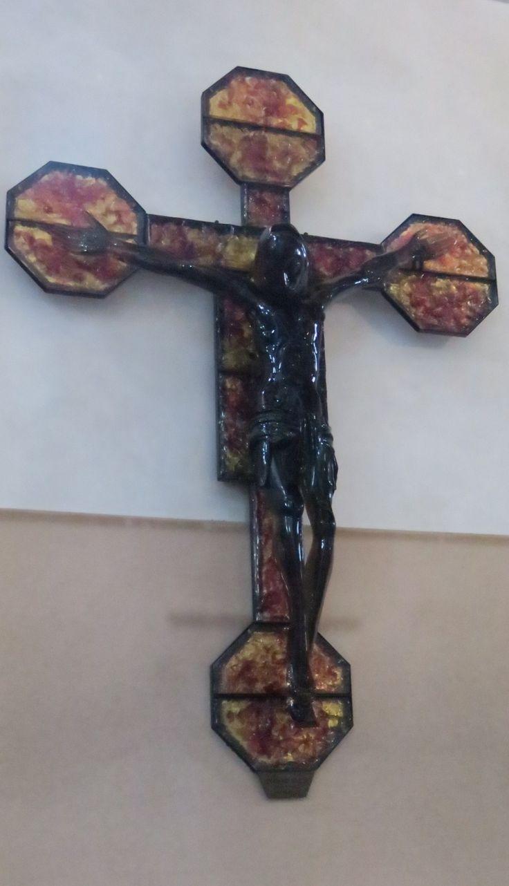 Isola di Murano Cattedrale di Santa Maria e San Donato crocefisso di vetro