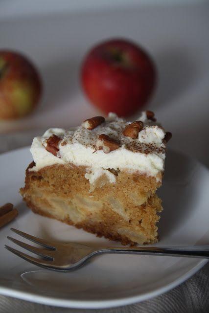 Spiced apple cake with mascarpone cream