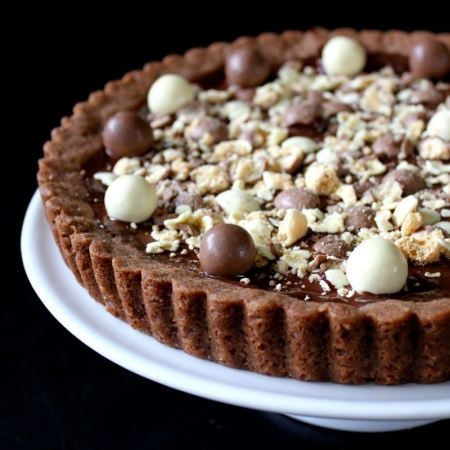Malteser Cookie Tart