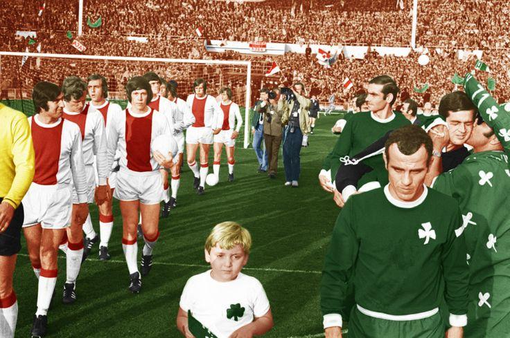 Ajax Panathinaikos Ajax y Panathinaikos saltan al terreno de juego de Wembley para la Copa de Europa (1971)