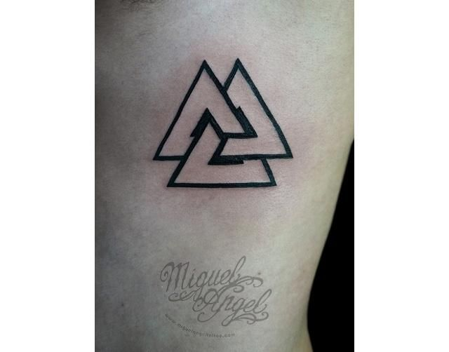 tattoos hipster triangulo - Buscar con Google
