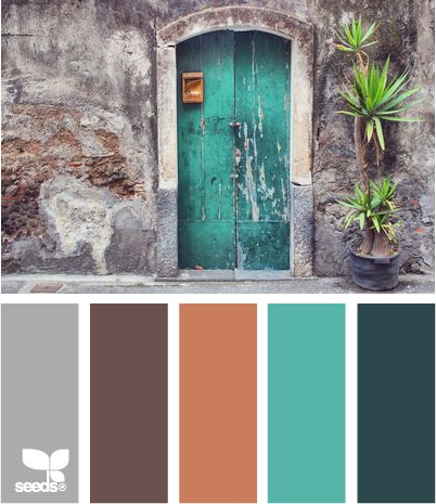 I like this color scheme for a living room or bedroom! What to wear in Family Portraits