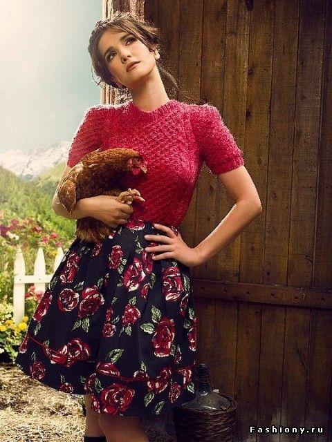 2011 г. Наталия Орейро со своей сестрой Адрианой являются дизайнерами этой одежды. У них также есть свой собственный магазин.