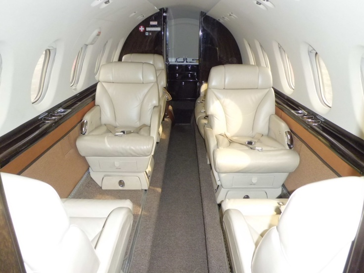 Interior of Hawker 850 xp.