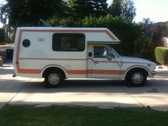 Toyota R22 For Sale >> Best 25+ Toyota motorhome ideas on Pinterest   Toyota camper, Toyota dolphin and Travel trailer ...
