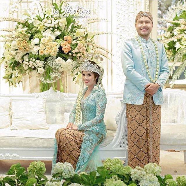 Inspirasi dekorasi wedding dan kebaya wedding