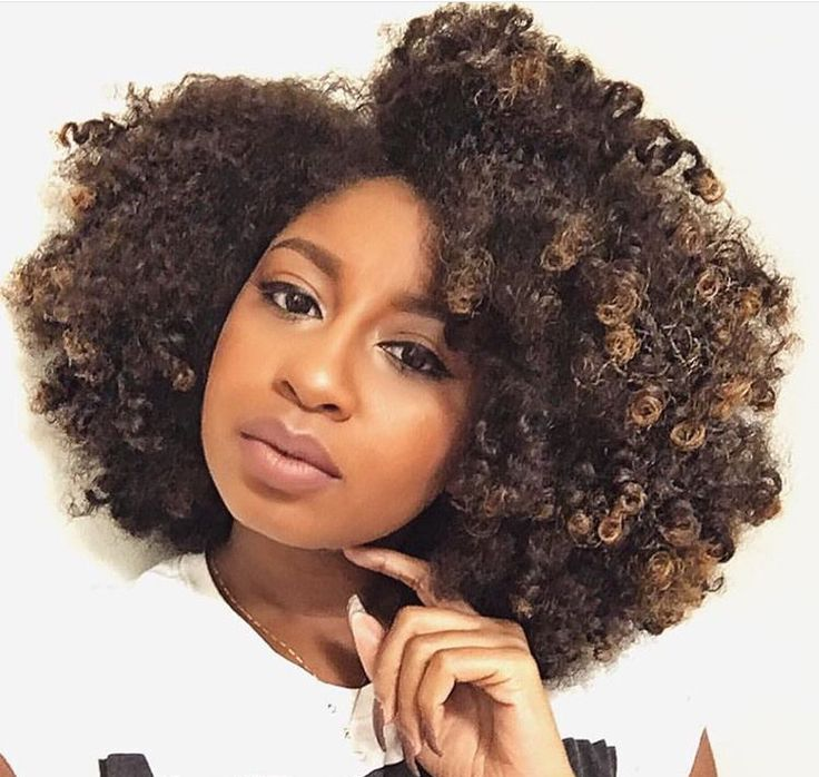 ***Try Hair Trigger Growth Elixir*** ========================= {Grow Lust Worthy Hair FASTER Naturally with Hair Trigger} ========================= Go To: www.HairTriggerr.com =========================      Awesome Highlighted Curly Fro!!!!   Love the Thickness!!!
