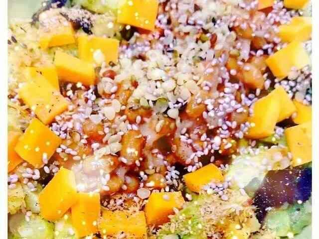 糖質オフ ケトジェニック アボカドサラダの画像