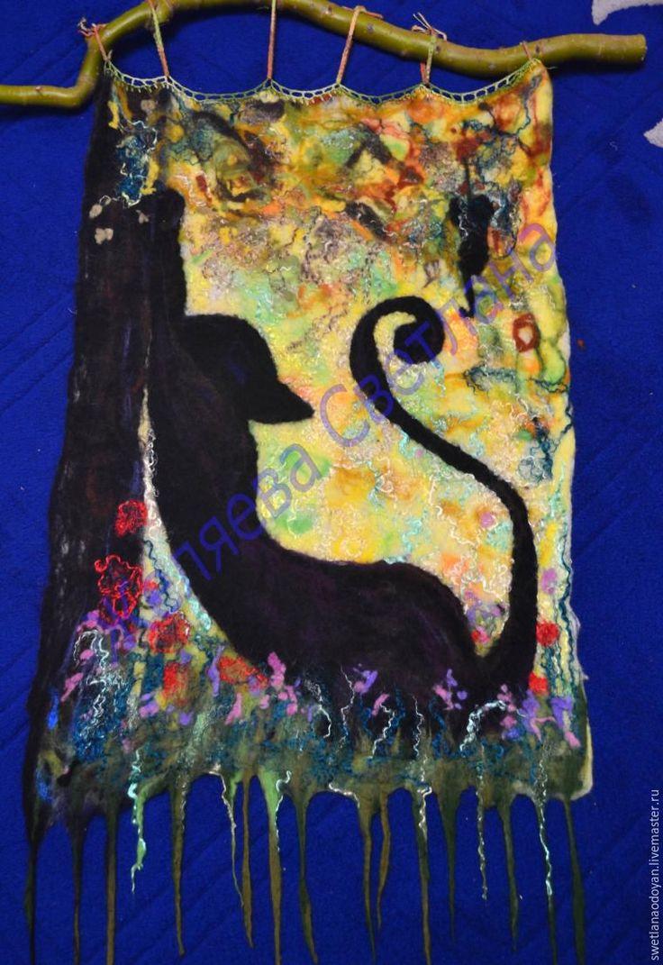 Работа с художественным войлоком представляет безграничные возможности для создания разнообразных картин в технике мокрого валяния. Это увлекательное занятие способствует развитию творческих способностей. Валяние — техника, доступная для начинающих и с ее помощью можно изготовить как простые, так и более сложные сюжеты. Цель мастер-класса: создание декоративного панно, выполненного …
