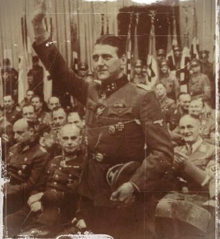 skorzeny Participe à l'opération contre le Burgberg de Budapest et à la bataille des Ardennes. Commandant de division sur l'Oder à la fin de la guerre. Arrêté, évadé et réfugié en Espagne.