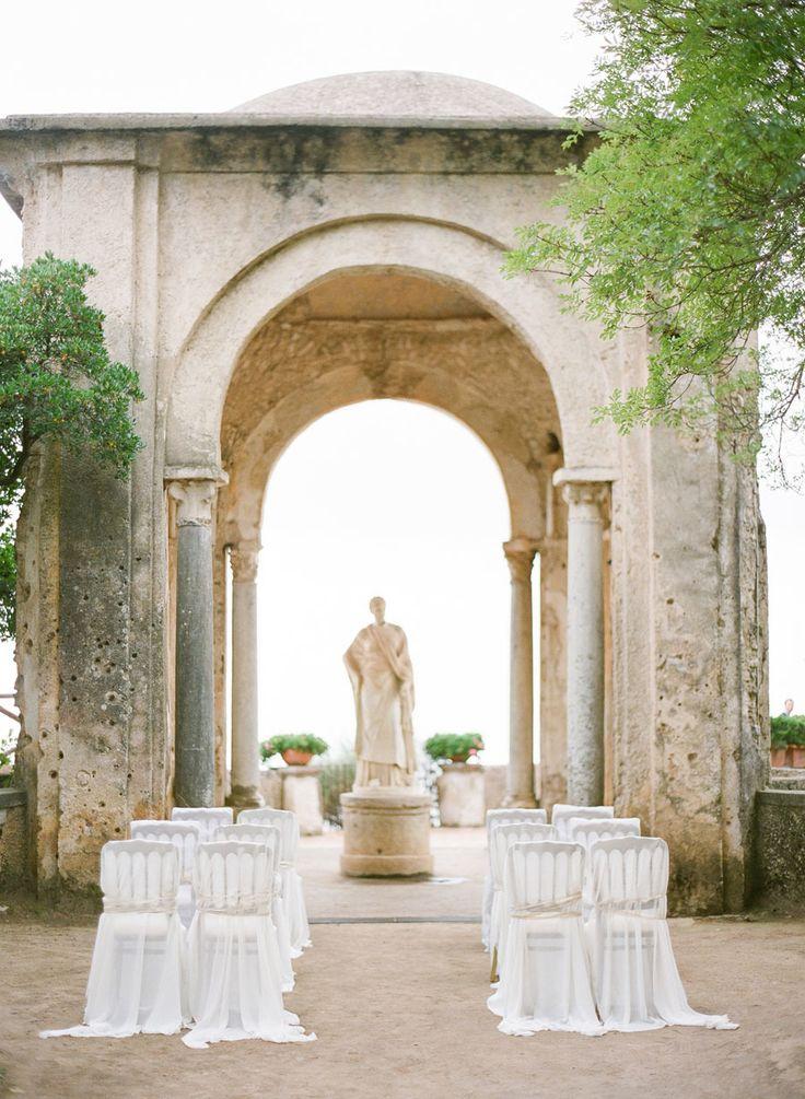 intimate & italian  Photography: KT Merry