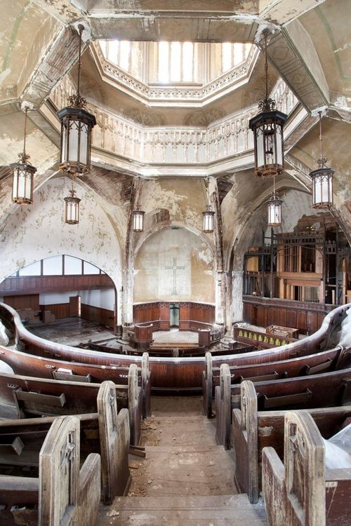 Abandoned Woodward Avenue Presbyterian Church, built in 1908, in Detroit, MI
