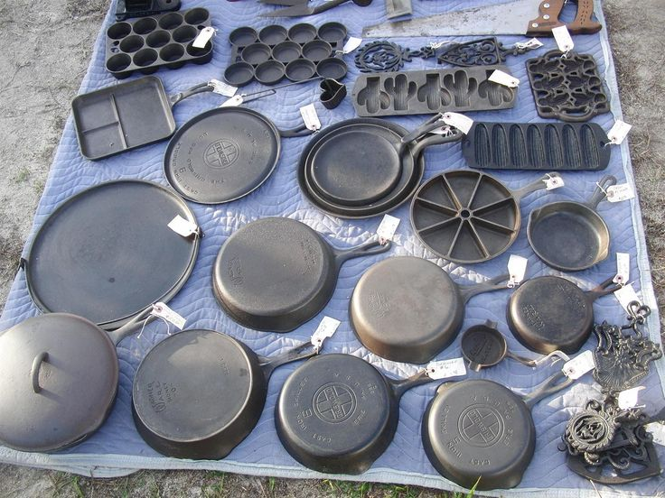 cast iron cookware - I want that cast iron pizza pan!! :)