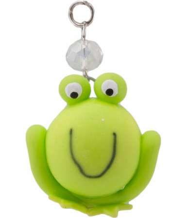 ► Este simpático dije en forma de rana está hecho de pasta francesa en color verde y es ideal para colgar en tu celular. #recuerdosparaxvanos