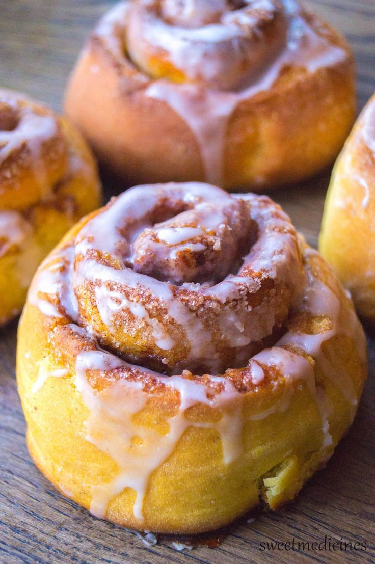 Pumpkin Cinnamon Rolls | Dyniowe Drożdżówki z Cynamonem
