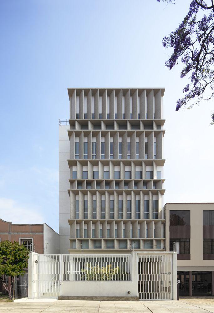 Galería de Arquitectura colectiva y de baja densidad: 10 edificios de departamentos en Lima, Perú - 2