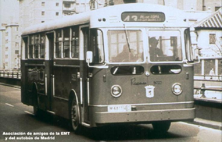 Bus running thru madrid