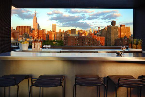 LA-PISCINE-VIEWSweets Bar, Rooftops Bar, The Pools, New York Cities, S'Mores Bar, Hôtel Americano, Bar Stools, Design Blog, Hotels Americano