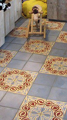 Цементная плитка, мозаичная плитка. Производство, продажа.