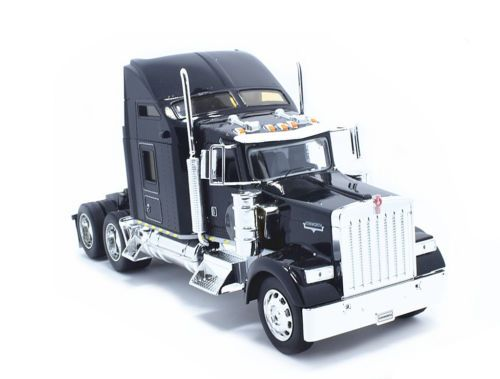 Welly 1:32 Kenworth W900 Semi Tractor Trailer Truck Diecast