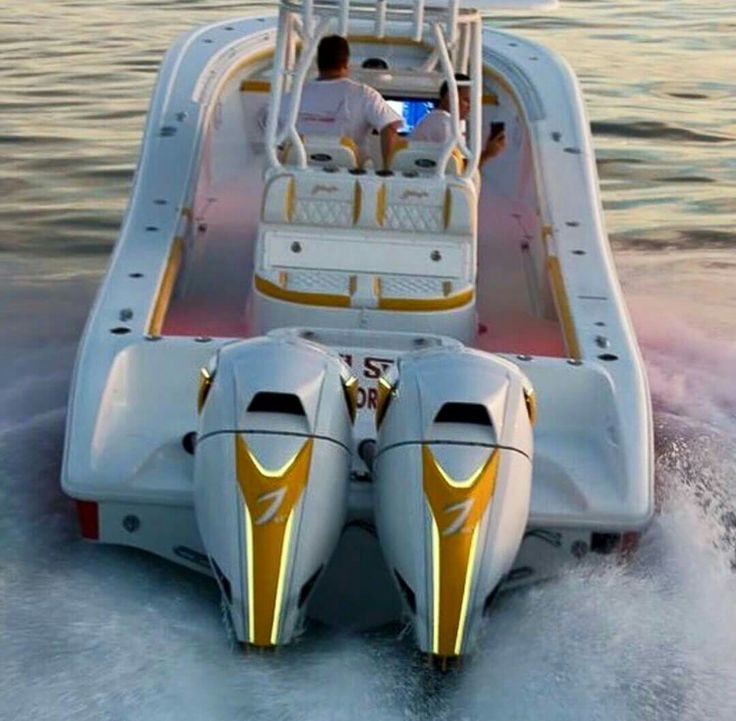 Twin 7 Marine custom outboards on large center console.