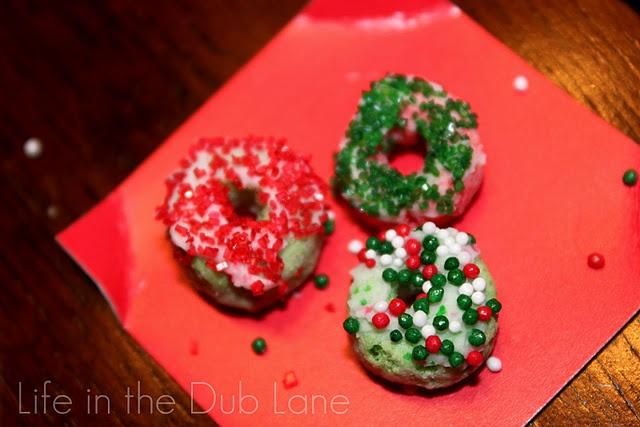 Cake Mate Decorating Icing Shelf Life : 10 best images about elf on the shelf on Pinterest Elf ...