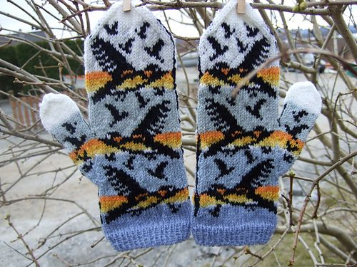 This pattern is for experienced mitten knitters only!