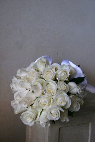 White rose arm sheaf with pearls