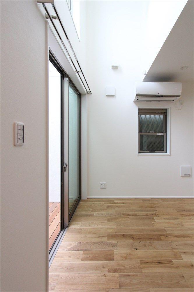 私道の一番奥 13坪の敷地に建てた中庭住宅 株式会社アース 江戸川