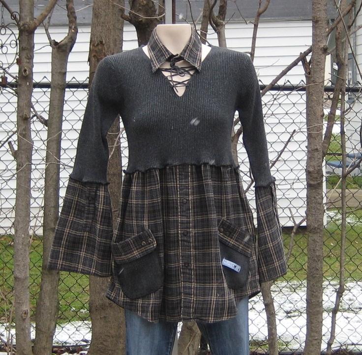 Idee, ein T-Shirt mit einem Herrenhemd zu kombinieren!