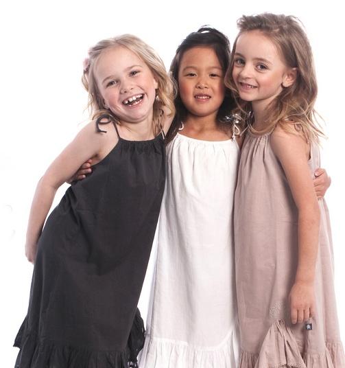 Skøn mode til både piger og drenge fra LoveBugs
