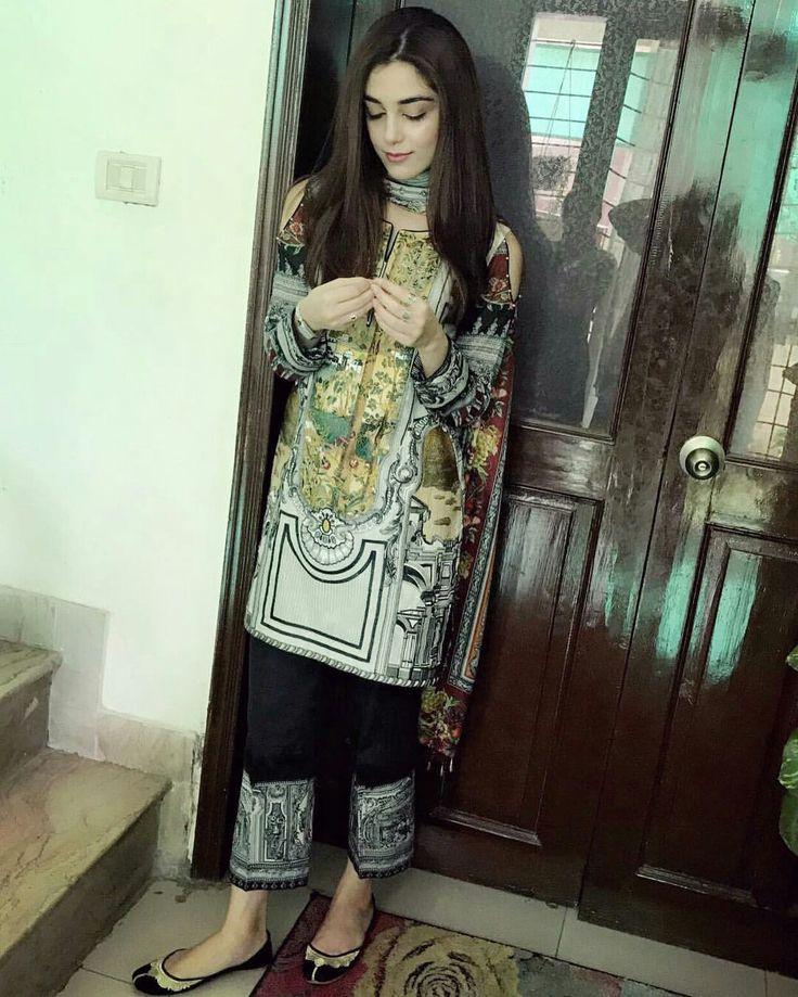 Beautiful Maya Ali in Printed Shirt and Pant! ❤ #MayaAli #MariaB #SummerCasual #RamadanWear #SummerLawn #PakistaniFashion #PakistaniActresses #PakistaniCelebrities ✨