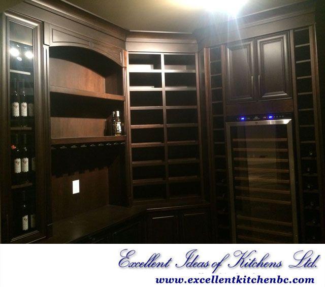 Custom home bar   #kitchenideas #excellentideasofkitchens #kitchenrenovation #homebuilders #kitchencabinets #bathroomvanity #entertainmentunit #countertops #theatreroom #library