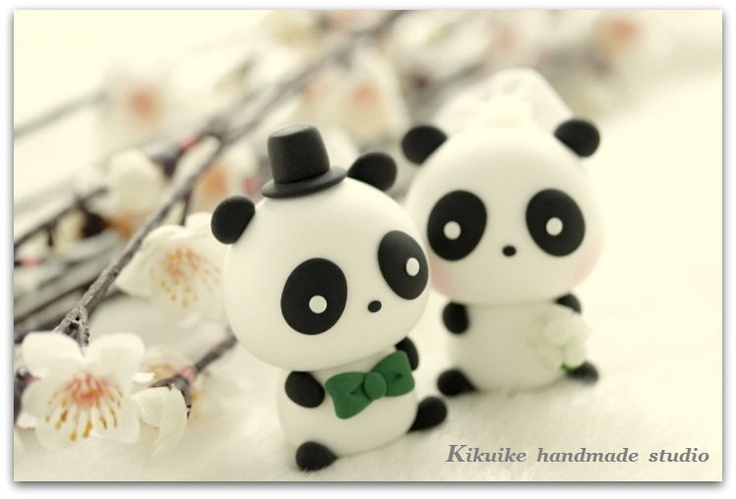 LOVE Panda  Wedding Cake Topper. $100.00, via Etsy.  Omg, if it wasnt so expensive I'd definintely have this.
