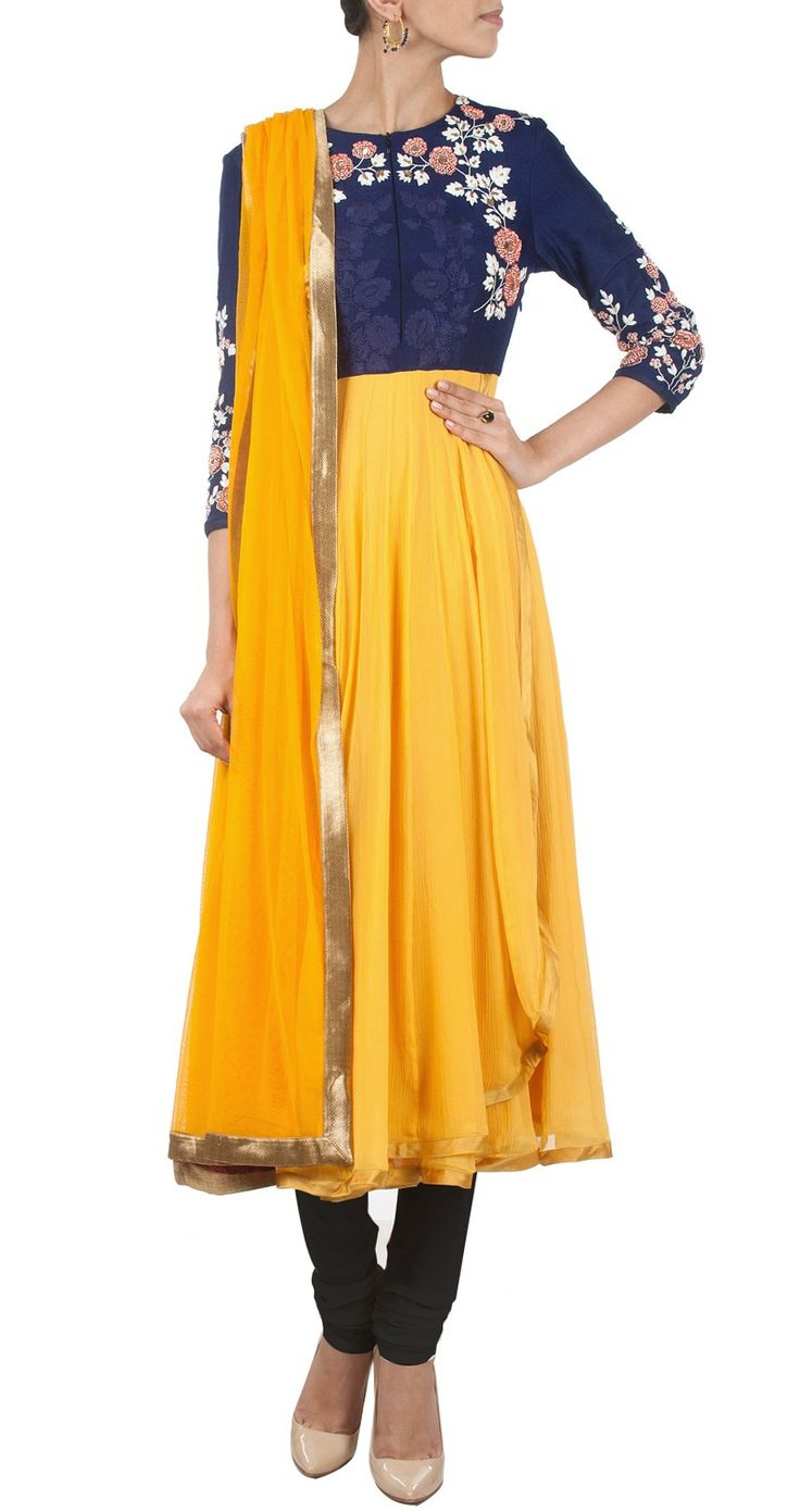 GARO Yellow and indigo kurta set perniaspopupshop.com