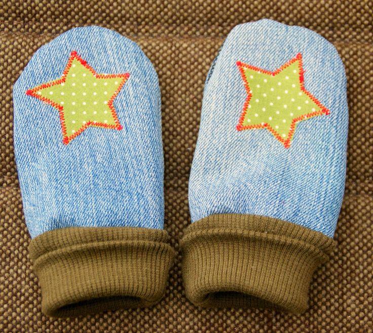 Vor ein paar Tagen bin ich auf den Vavilula Blog gestoßen und habe da einen Gratis Schnitt für Fausthandschuhe gefunden, den ich gleich au...