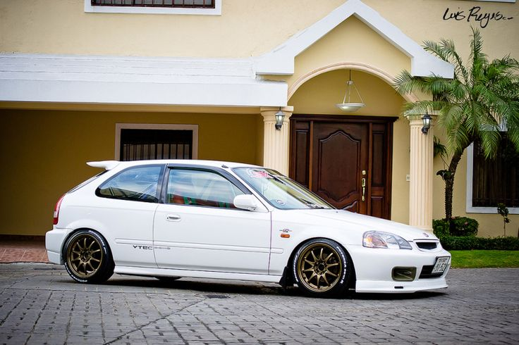 "En Venta Honda Civic HB 2000 Original Blanca ""Amelia"""