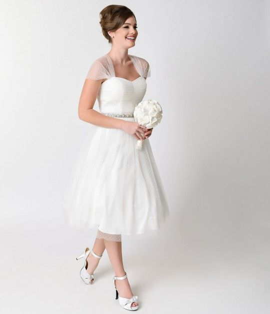 Can T Afford It Get Over Bien Savvy S Addicted To Your Lips For Under 500 Short Vintage Wedding Dressesvintage