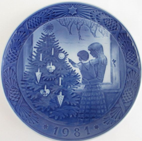 Royal Copenhagen Christmas Plate  1981 by PigtownDesign on Etsy, $25.00