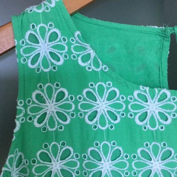 Lined all cotton sun top! Fabulous emerald green cotton embroidered top with cotton lining for comfort. Wide shoulder straps hide bra straps. Side zip so back is fastener free! Great with pants, jeans or skirts. USA size 8 uk size 12 Boden Tops Blouses