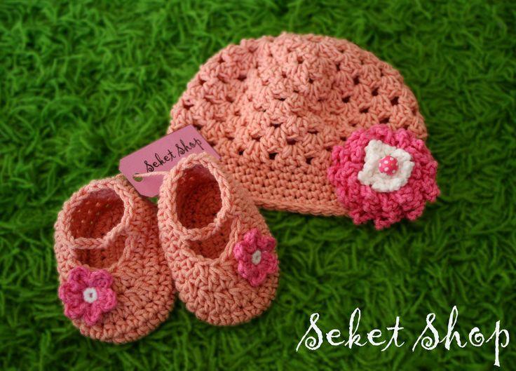 crochet set for newborn