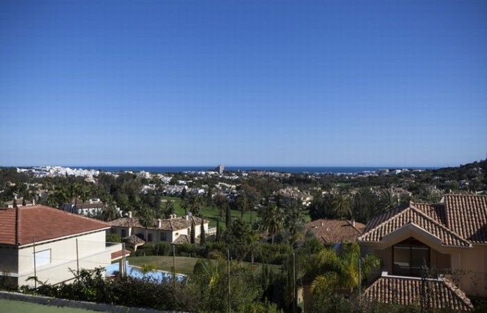 Stunning Villa with sea views and tennis courts