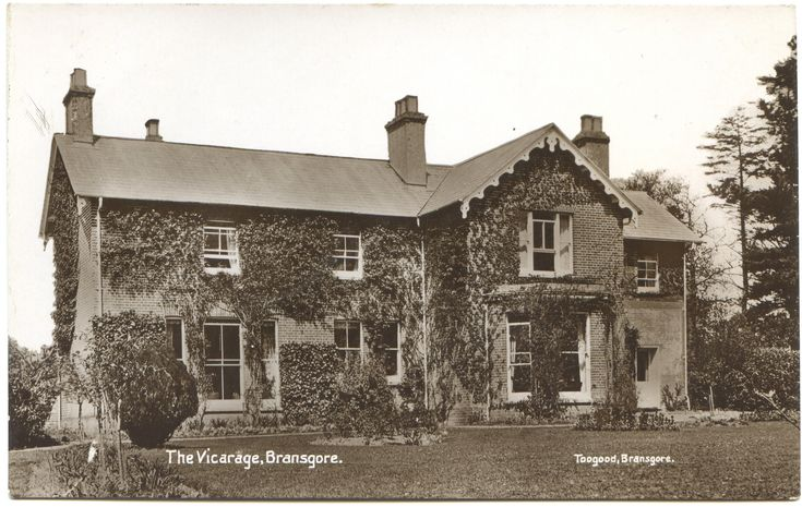 https://flic.kr/p/oftYna | The Vicarage, Ringwood Road, Bransgore, Hampshire | Toogood, Bransgore. Postally unused.