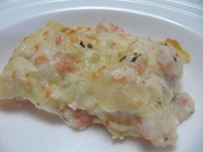 Lasagne con besciamella di salmone e gamberetti