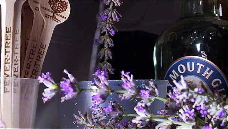 A solo una hora de Madrid, esta localidad de la Alcarria se viste de color morado para disfrutar de una experiencia embriagadora. La cita es este fin de semana: un festival sensorial para celebrar por todo lo alto la floración de sus campos de lavanda.