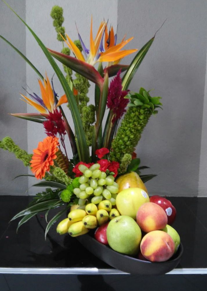 1000 images about artificial fruit and flower arrangement Floral arrangements with fruit