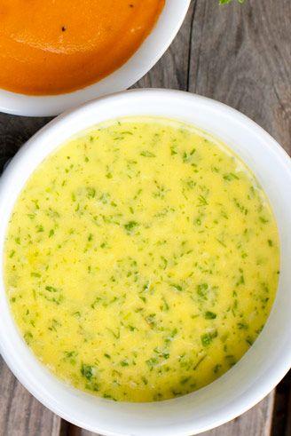 Örtsås | En krämig örtsås som passar både till grillad fisk, grönsaker och kyckling, kalv och lamm.